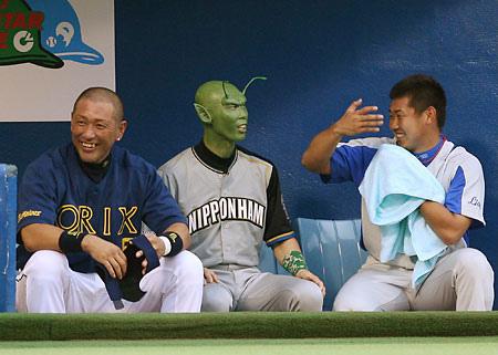 清原和博が覚せい剤容疑で逮捕される。