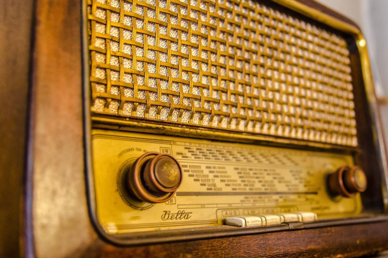昔、ラジオで『尋ね人』という番組があった。