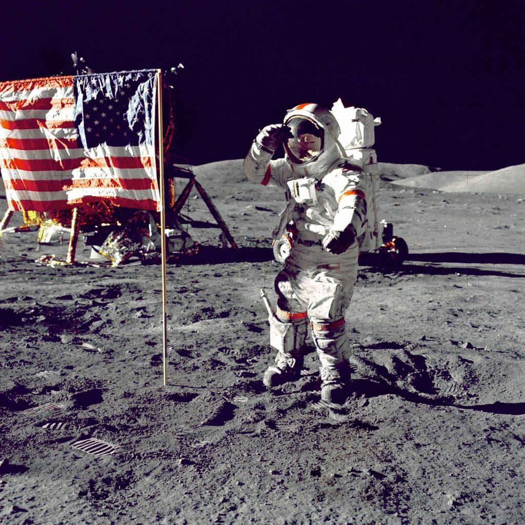 50年前に、アポロ11号が月面に着陸した。